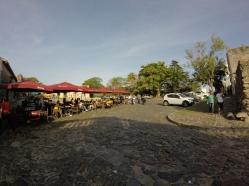 Vue de la place de la vieille ville
